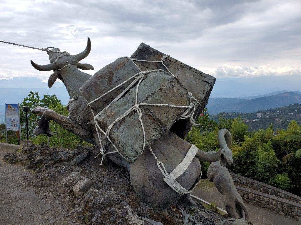 Los Colonizadores Agony Oxen on Hill