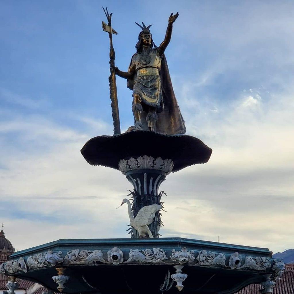 Cusco Travel Guide fountain