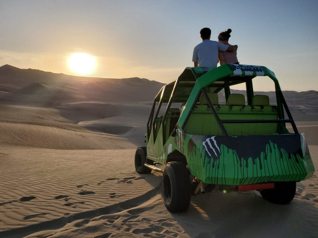 Huacachina sand dune tour
